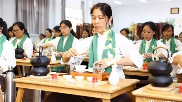 Advanced Chan Tea Class - Settle down and be mindful in the present